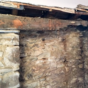 timber lintel with dry rot