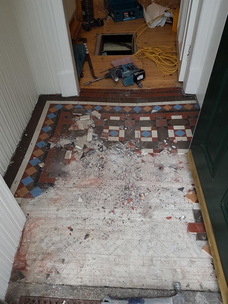 dry rot in vestibule